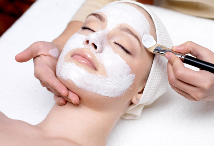 Dear Beauty -Deep dermal facial